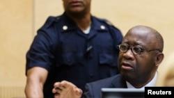 Mantan Presiden Pantai Gading, Laurent Gbagbo dalam pra-sidang di ICC, Den Haag (19/2/2013). Pemerintah Pantai Gading akan mengadili sang istri, Simone Gbagbo, di Pantai Gading.