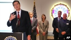 """El director del FBI James Comey asegura que las redes terroristas en Siria son producto de """"una metástasis de al-Qaeda""""."""
