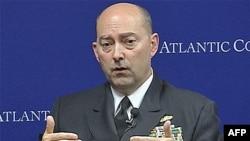 Panglima NATO Laksamana James Stavridis merasa optimis bahwa Afghanistan akan stabil setelah pasukan koalisi mengakhiri peran tempur mereka di Afghanistan (foto: dok).