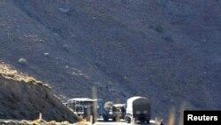 Des véhicules militaires au sud d'Alger, 23 septembre 2014