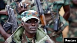 M23 military leader General Sultani Makenga attends a press conference in Bunagana in eastern Democratic Republic of Congo Jan. 3, 2013.