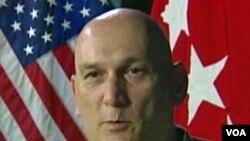 Jenderal Ray Odierno, panglima tertinggi militer Amerika di Irak sejak September tahun 2008.