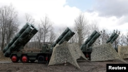 "A view shows a new S-400 ""Triumph"" surface-to-air missile system after its deployment at a military base outside the town of Gvardeysk near Kaliningrad, Russia March 11, 2019. REUTERS/Vitaly Nevar/File Photo"