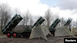 sistemet ruse të raketave S-400