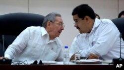 Los presidentes de Cuba, Raúl Castro, y de Venezuela, Nicolás Maduro, se reunieron en La Habana el martes pasado, 48 horas antes de la captura de Ledezma.