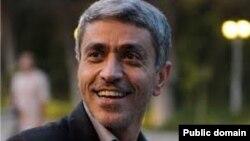 علی طیب نیا، وزیر اقتصاد و دارایی
