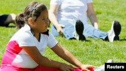 """Nuevos datos coinciden con la iniciativa de la Primera Dama de EE.UU. """"A Moverse"""" que promueve el ejercicio físico y la alimentación balanceada."""