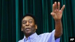 L'ancienne star brésilienne du football Pelé