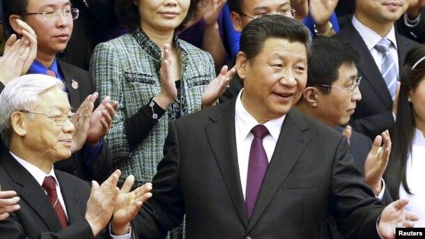 Ông Nguyễn Phú Trọng và Chủ tịch Trung Quốc Tập Cận Bình tại Bắc Kinh hôm 7/4/2015.