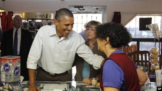 President Barack Obama, accompanied by New Mexico Lt. Gov. Diane Denish, makes an unscheduled stop at Barelas Coffee House, which serves Mexican food,  in Albuquerque, New Mexico, 28 Sep 2010