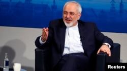 Menlu Iran Mohamad Javad Zarif menawarkan perbaikan hubungan Iran-Saudi (foto: dok).