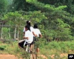 柬埔寨农村女青年就业机会很少