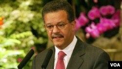 Abogado, político y escritor, Leonel Fernández fue elegido nuevamente jefe de Estado en 1996 y en 2004.