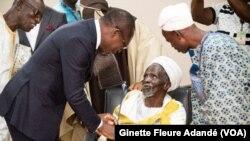 Sages et notables de Tchaourou lors de la rencontre avec le chef de l'État Patrice Talon, à Lomé, le 25 juin 2019. (VOA/Ginette Fleure Adandé)