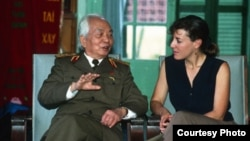 Catherine Karnow with General Giap