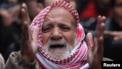 Halabda prezident Bashar al-Assadga qarshi namoyish. 4-yanvar, 2013-yil.
