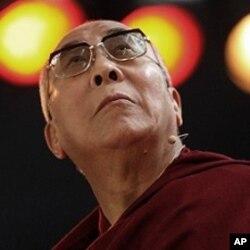 达赖喇嘛9月17日在巴西圣保罗资料照