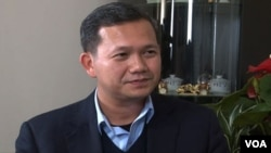 Gen. Hun Manet, a senior military commander who heads the country's elite counterterrorism unit, seen here during an exclusive interview with VOA Khmer, wrapped up his 10-day U.S. tour this week amid street protests by Cambodian Americans.