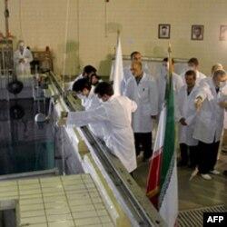 ایران برخلاف گذشته که شرط مذاکرات را برداشتن تحریم ها دانسته بود، این بار هیچ پیش شرطی برای مذاکرات تعیین نکرده است