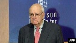 Pol Volker, bivši predsednik američkih Federalnih rezervi