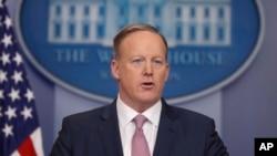 Le porte-parole de la Maison Blanche, Sean Spicer, le 23 janvier 2017.