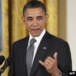 Barak Obama deydiki, al-Qoida endi boshidan ayrilgan ilon