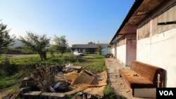 Teški uslovi u kojima živi većina Roma u BiH (lokacija - romsko naselje Varda, Općina Kakanj)