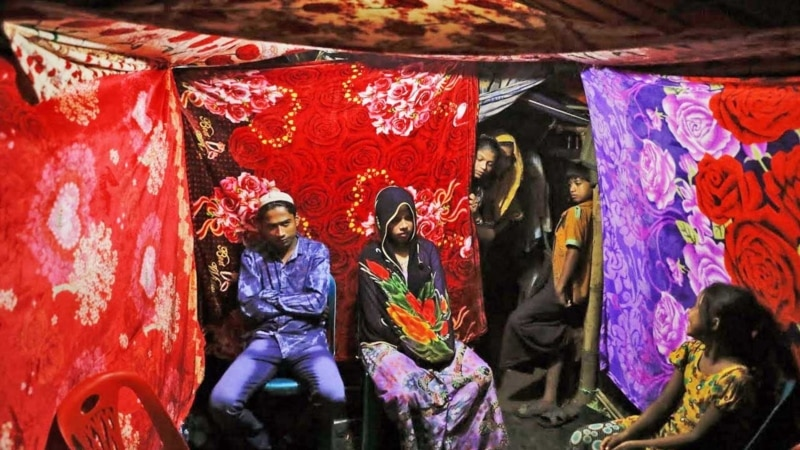 روہنگیا پناہ گزین کیمپ میں شادی کی خوشیاں اور رونقیں