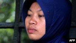 Baiq Nuril saat pembacaan vonis bersalah melanggar UU ITE, di Mataram, Lombok, 16 November 2018. (Foto: AFP)