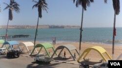Praia no Namibe