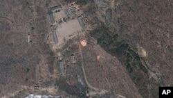 지난 4월 18일 촬영한 북한 함경북도 풍계리 핵실험장 위성 사진. 미국 '지오아이' 제공. (자료사진)