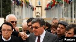 Suriya muxolifati delegatsiyasi vakillari Jenevada, 2-fevral, 2016-yil.