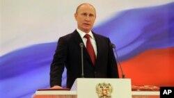 Presiden Rusia, Vladimir Putin dituduh menggunakan cara-cara Stalin dalam menumpas aktivis oposisi anti Putin (foto: dok).