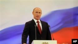 Presiden Vladimir Putin berjanji untuk menjadikan Angkatan Udara sebagai prioritas dalam upaya memperkuat militer Rusia (foto: dok).