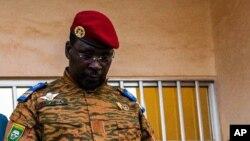 Le lieutenant-colonel Issac Yacouba Zida a été nommé Premier ministre de la transition au Burkina Faso mercredi 19 novembre 2014.