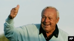 Pokojni Arnold Palmer 2007. godine