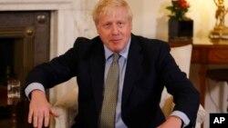 Ông Boris Johnson trong một cuộc tiếp bà Ursula von der Leyen hồi tháng 1/2020