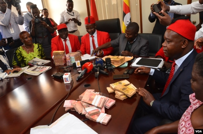 Image for Ugandan MPs Clear Way for Museveni to Seek Re-election