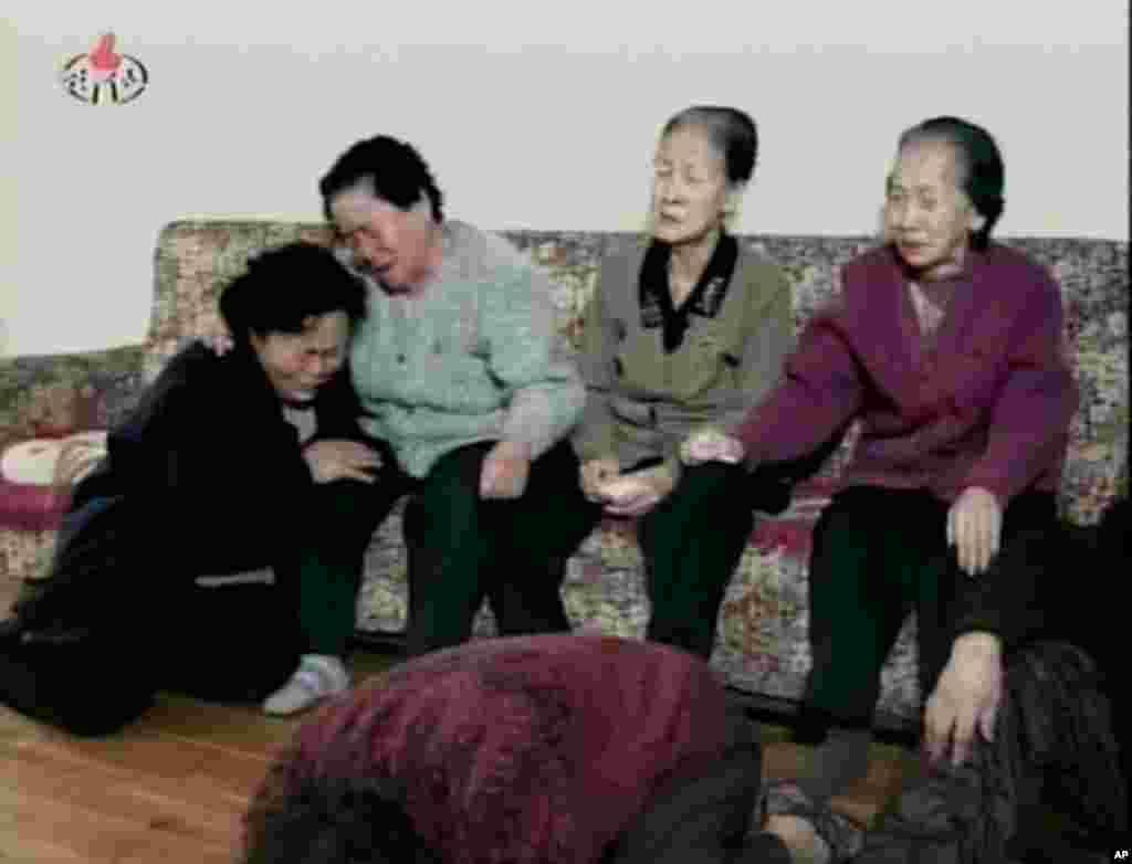 [김정일 위원장 사망] 북한의 표정과 김정일의 옛 모습들