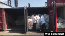Ho Chi Minh City's Customs Authorities detained three containers of Chinese goods transferred to the country and illegally relabeled as made-in-Vietnam for export to the US. (Photo Hai Quan Online)