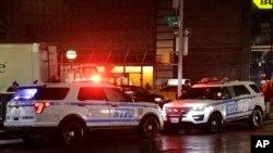 Explosivos foram encontrados em dois aeroportos e numa estação de comboios