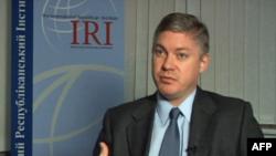 Керівник представництва Міжнародного республіканського інституту в Києві Кріс Голзен