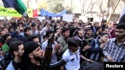Một cuộc biểu tình chống Tổng thống Syria Bashar al-Assad tại Aleppo, 29/3/2013
