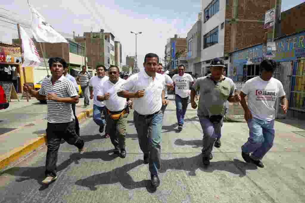 Ollanta Humala, candidato presidencial durante visitando Trujillo como parte de su campaña electoral.