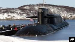 Действующая атомная подводная лодка «Екатеринбург» ВМФ России. Гаджиево. 16 марта 2011 г.