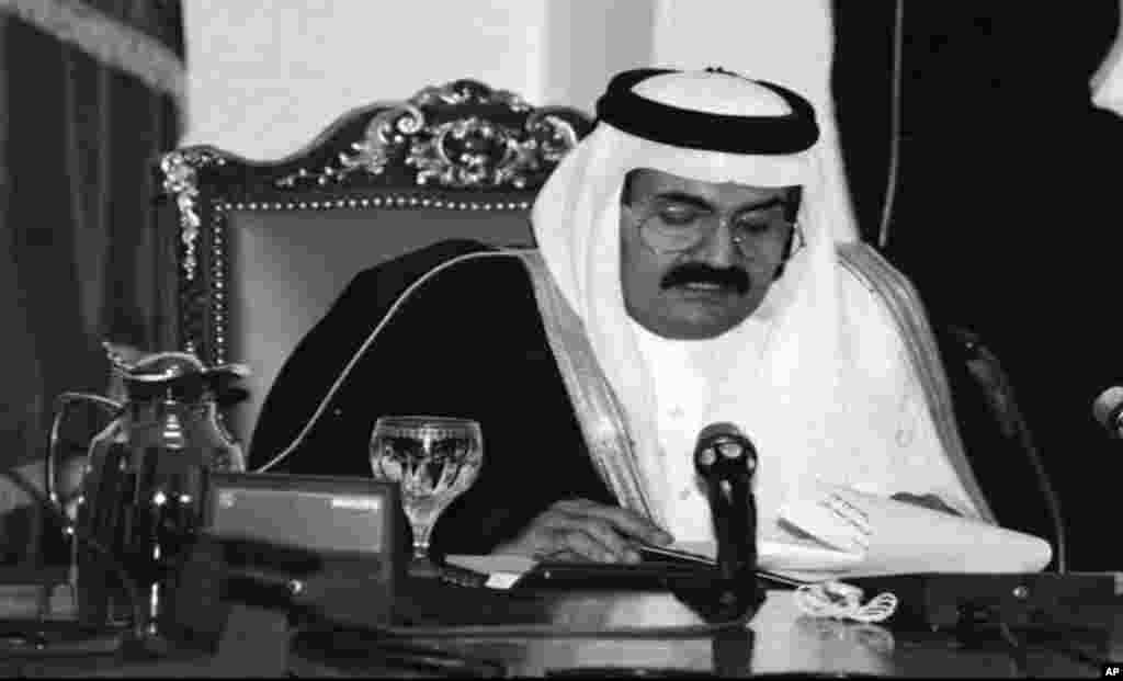 The former defence minister and Crown Prince of Qatar Prince Hamad Bin Khalifa al-Thani makes a speech on state-run radio, that he has taken control of the oil-rich Gulf emirate by ousting his father, Sheik Khalifa Bin Hamid al-Thani, while he was out of the country, in Doha, Qatar, June 27, 1995.