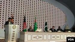 رئیس جمهور غنی در این مراسم گفت امروز بعد از بیش از یک قرن جدایی، آسیای جنوبی به آسیای مرکزی از طریق افغانستان وصل میگردد.