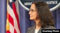 伊利诺伊州检察长丽莎·麦迪根 (美国司法部)