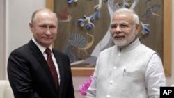 وزیر اعظم نریندرمودی، روس کے صدر ولادی میر پوٹن کے درمیان نئی دہلی میں ملاقات۔ 4 اکتوبر 2018