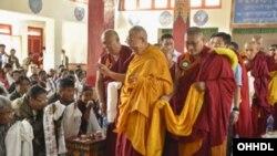 Dalai Lama Visits Central Institute of Buddhist Studies Ladakh Photo by Manuel Bauer